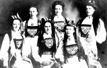 Norwegian settlers.